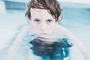 invisalens_kid_pool